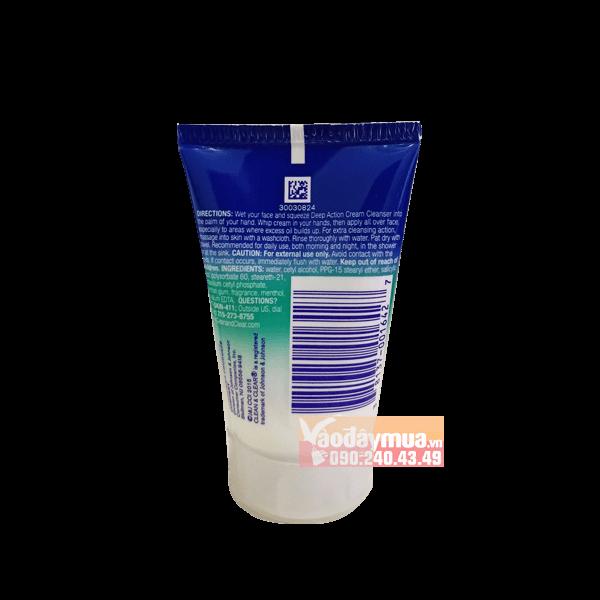 Thành phần dưỡng chất có trongsữa rửa mặt kiểm soát chất nhờn và làm sạch sâu Clean & Clear Deep Action Oil – Free